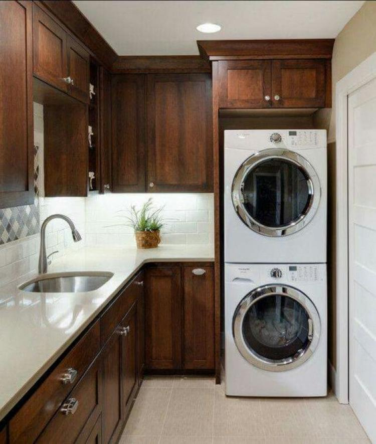 How To Equip The Cabinet Above The Washing Machine?