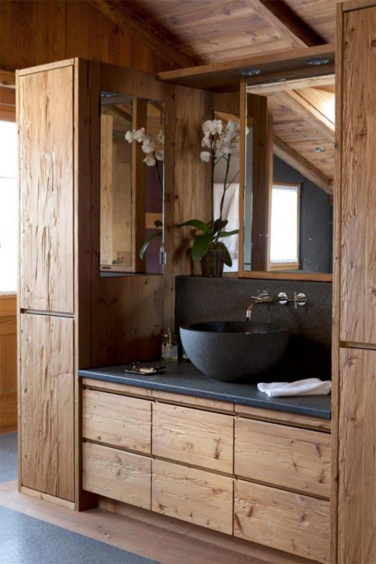38 Beautiful Design of Rustic Bathroom Ideas