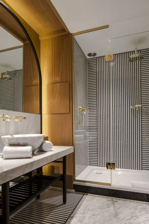 Luxurious Hotel Modern Bathroom Design Ideas 1