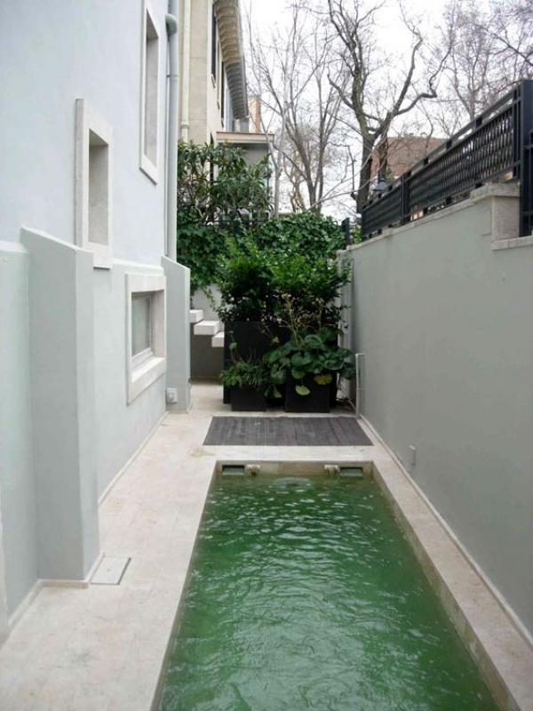 25 awesome narrow pools design for the solids spaces for Pool design regrets