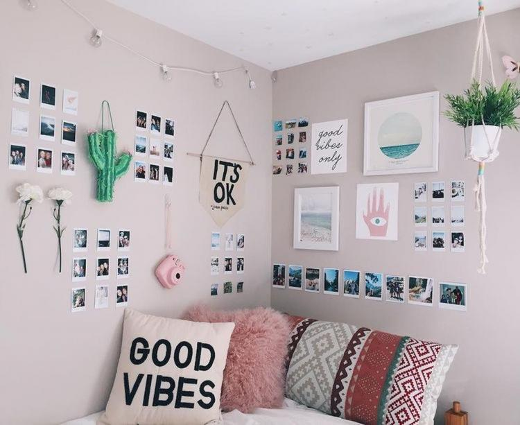 30 awesome minimalist dorm room decor inspirations on a for Minimalist bedroom on a budget