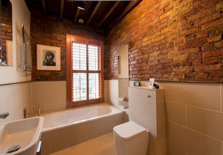 50+ Stylish Farmhouse Bathroom With Brick Wall Decor