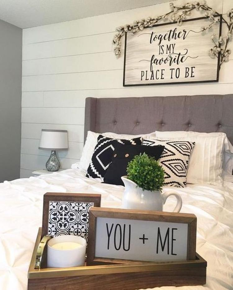 35 Best Farmhouse Interior Ideas And Designs For 2019: 60+ Romantic Rustic Farmhouse Master Bedroom Decorating