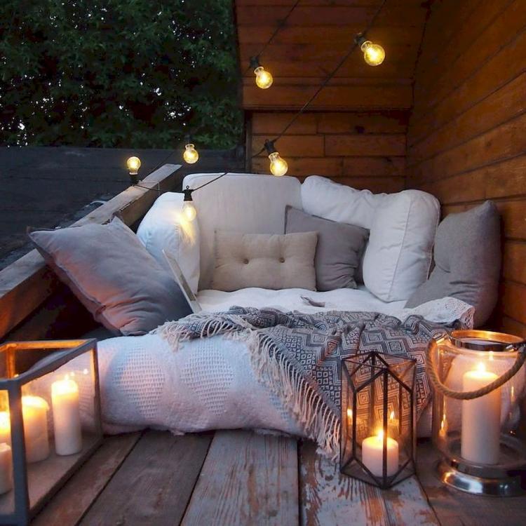 63 Cozy Apartment Balcony Decorating Ideas: 50+ Cozy Apartment Balcony Decorating Inspirations