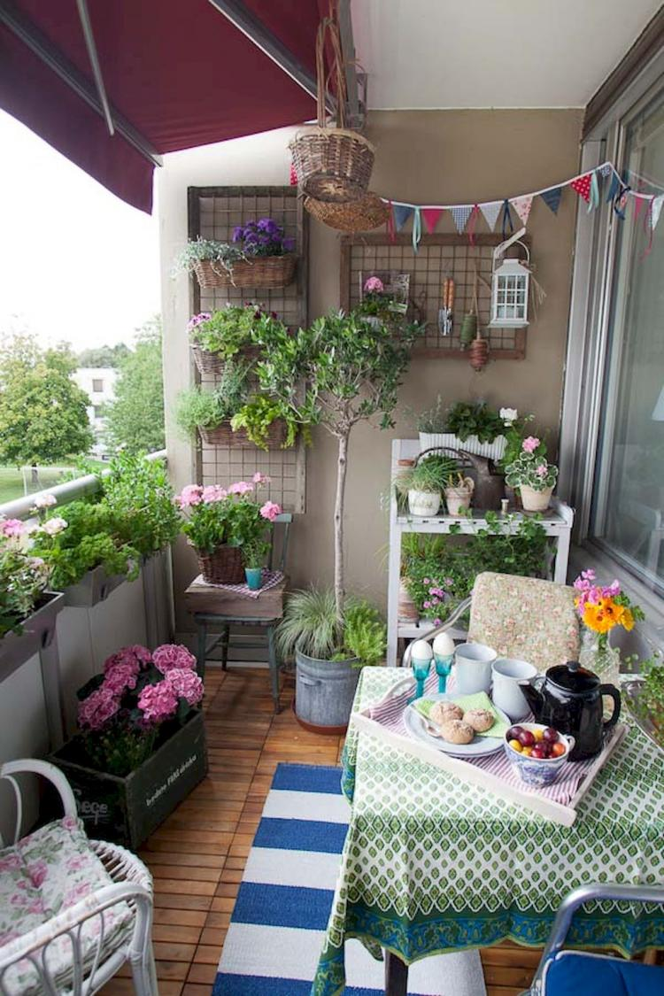 Small Apartment Balcony Garden Ideas: Cozy Small Apartment Balcony Decorating Ideas