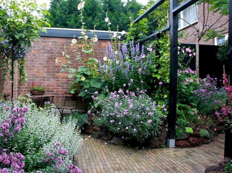 100+ DIY Romantic Backyard Garden Ideas on A Budget on Romantic Backyard Ideas id=22370
